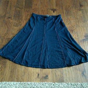 Ladies Skirt 72%Polyester 25% Rayon 3%Spandex